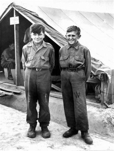 wermacht boy men napletki american soldiers taken prisoner by the german wehrmacht