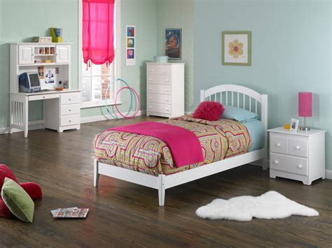 girls platform bed windsor platform bed optional drawers or trundle girls