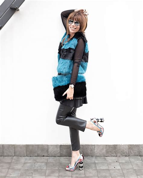Jaket Zipper 2 Total Di Kandang Bali United Bernyali shopping on line che bello don t call me fashion