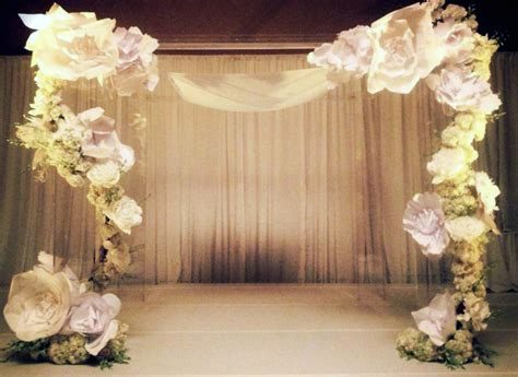 wedding backdrop paper flowers paper flowers the new trend in weddings big city and we re going to get married