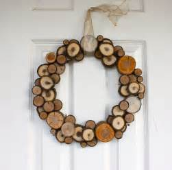 woodland christmas natural wood slice wreath dining and entertaining