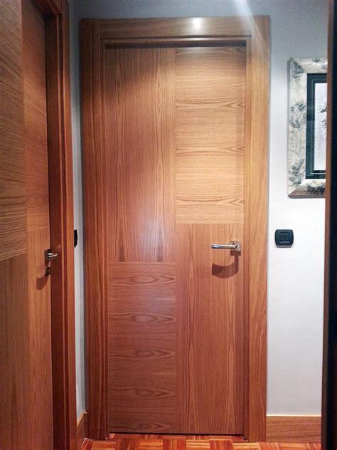 Suelos De Interior #8: Carpinteria-iberre-puerta-madera-roble-vetas-cruzadas-04.jpg