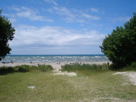 Wasaga Cottage Rentals 5 by Wasaga Looks Jpg