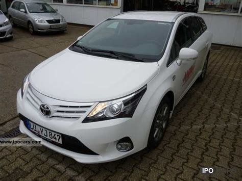 Toyota Avensis Estate Automatic 2012 Toyota Avensis 2 2 D 4d Automatic Combi New Mod
