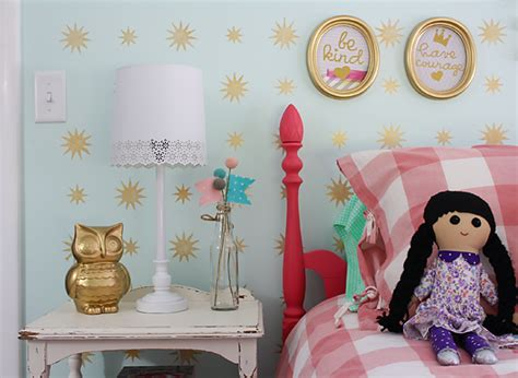 Girls Pink Bedroom Furniture - mint amp gold star stencil s room robb restyle