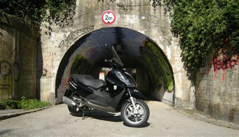 Motorrad 125 B Schein Kosten by Testbericht Piaggio X7 125 1000ps De
