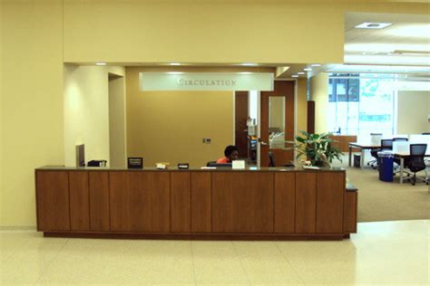 Marquette Help Desk by Circulation Marquette School