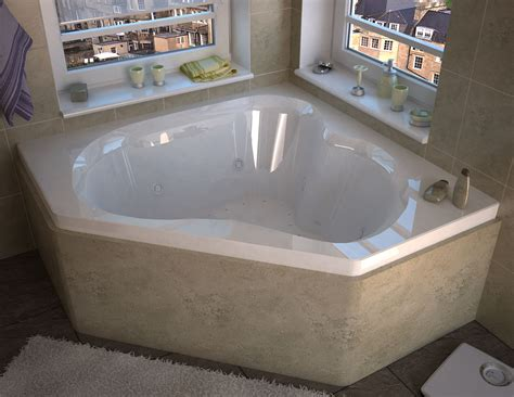 venzi tovila    corner bathtub  center drain