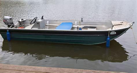 fishing boat hire broads fishing boat hire fish the broads norfolk angling