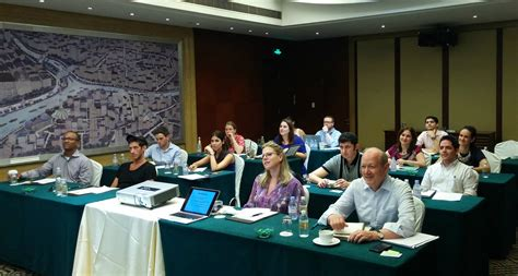 Sy Syms School Of Business Mba by A Firsthand Look At China S Business Environment Yeshiva