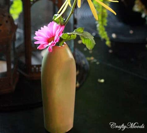Vase From Plastic Bottle by 10 Minute Diy Plastic Bottle Vase Well Done Stuff