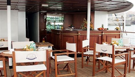 party boat rental ta luxury cruise the best offers in festa in barca for a
