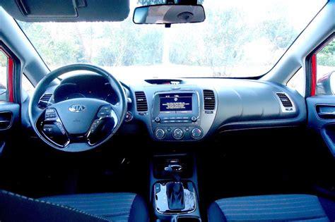 Picture Of Kia Forte Picking A Compact Car 2017 Kia Forte Vs 2016 Mazda3 Carfax