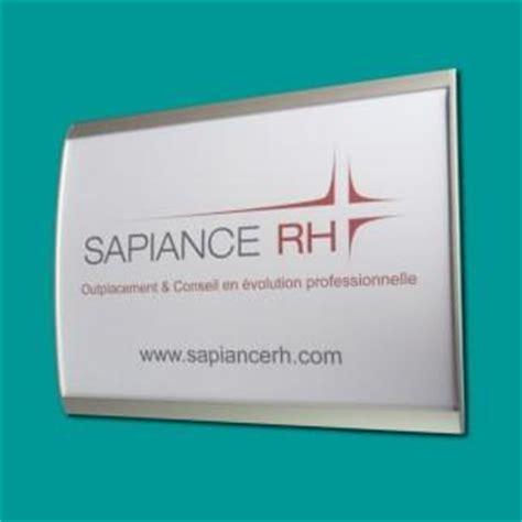plaque de bureau personnalis supports pour plaques disponibles chez derome plaque de