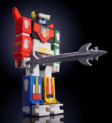 voltron robot figure usb flash drive gadgetsin
