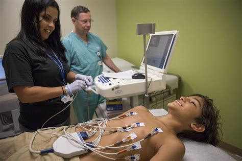 Electrocardiograph Technician by Ekg Screenings Can Prevent Sudden Cardiac In Student Athletes Miami Herald