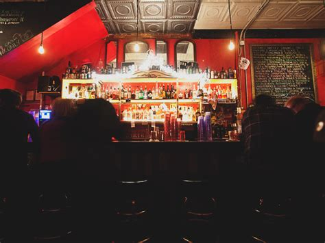 top 10 bars in dc the best dive bars in the washington dc area serious eats