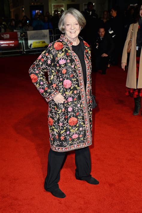 Maggie Smith Makes A Rare Red Carpet Appearance Picture   smith carpet carpet the honoroak