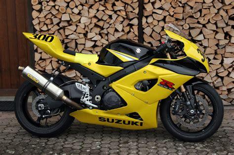 Motorrad Suzuki Garage by Garage Rufer S K5 Rennmaschine Gsx R1000 Forum