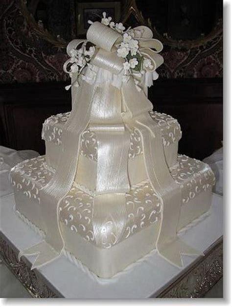 Traumhafte Hochzeitstorten by Beautiful Wedding Cake Wedding Decor Flowers