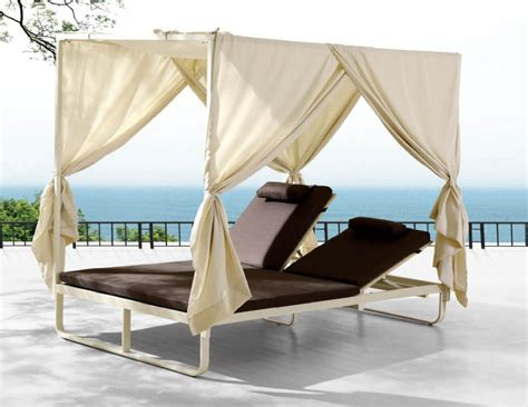 White Outdoor Lounge Chair Design Ideas Outdoor Chaise Lounge With Ergonomic Seating Settings Traba Homes