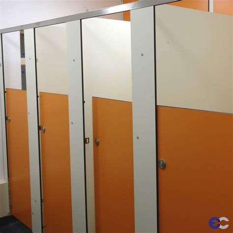bathroom cubicles manufacturer express cubicles toilet cubicles manufacturers based in birmingham west midlands