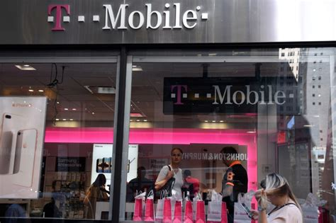 reuters news mobile t mobile to roll out u s 5g network by 2020 by reuters