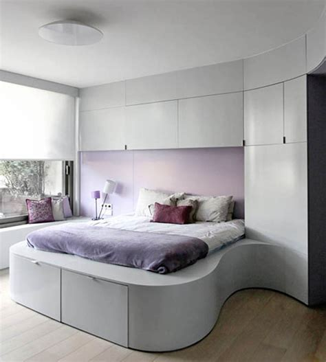 tiny master bedroom decorating ideas pic