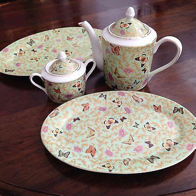 Disneyland Ceramic Castle Tea Pot - sorelle porcelain tea set teapot cup saucer gold