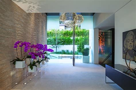 Entryway Definition Extravagant Contemporary Beverly Hills Mansion With