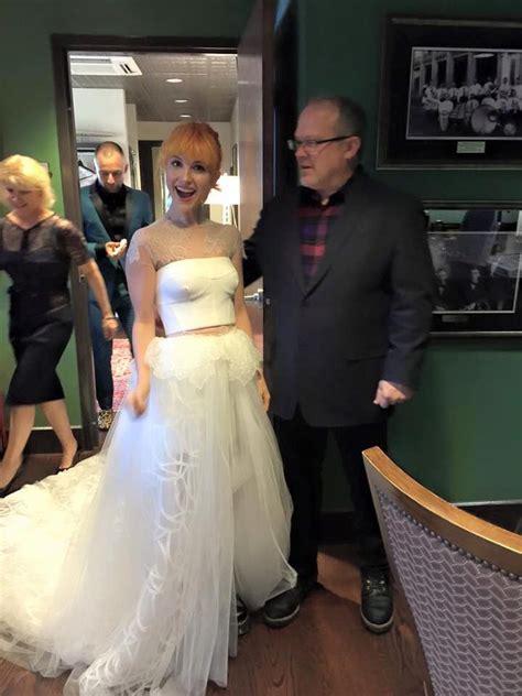 hayley williams wedding ring hayley williams in her wedding dress hayley williams