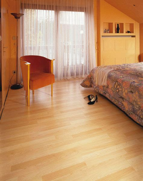 Laminate Flooring   Edinburgh   Glasgow   Carbon Heat