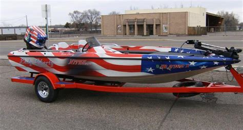 bass boat vs flats boat 10 patriotic upgrades for your bass boat and gear pics