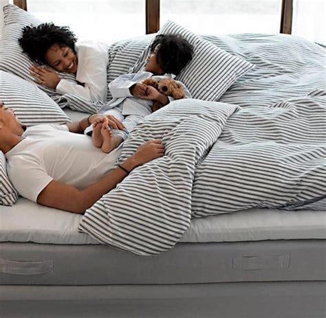matratzen gegen rückenschmerzen schlaf weiche matratzen helfen gegen r 252 ckenschmerzen welt