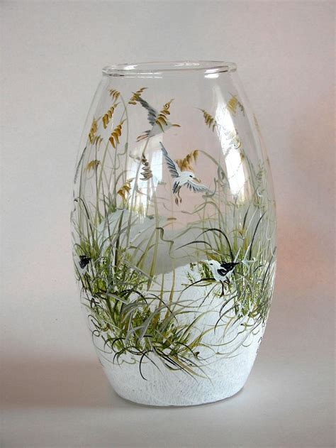 Glass Painting Designs For Vases by 25 Best Ideas About Painted Glass Bottles On