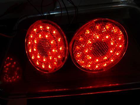 Lu Led Mobil Xenia 車種別専用商品 daihatsu ウェイク ウェイクのリアリフレクターled内蔵加工 取付 配線