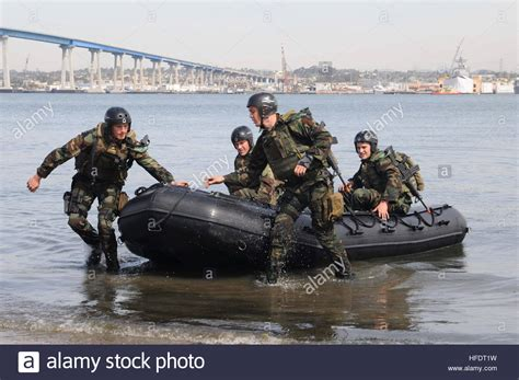 swcc boats u s navy special warfare combatant craft crewmen swcc