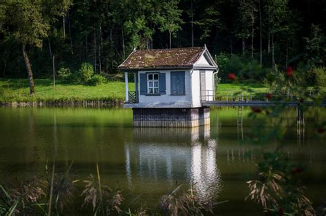 Haus Kaufen Schweiz See by Beat Ruesch Photography Haus Am See