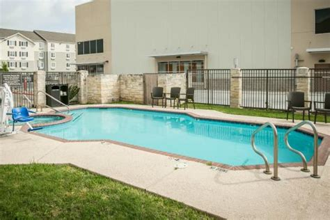 comfort suites austin texas comfort suites nw lakeline updated 2017 prices hotel