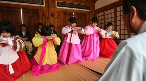 does korea celebrate new year seollal seasoned with traditional foods and folk