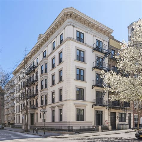 Appartment Building by Apartment Building Hits The Market As A 22