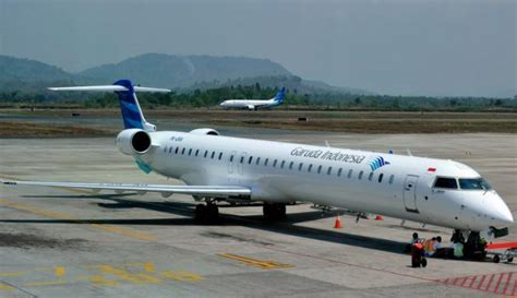 2015 pesawat garuda indonesia tembus 194 unit viva