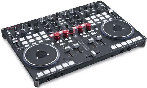 scheda audio interna professionale mixer e consolle per dj controller e programmi news nuovi