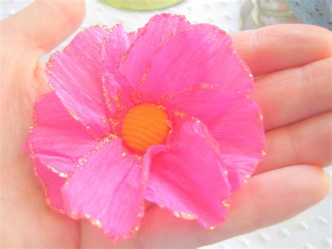 How To Make A Flower Using Crepe Paper - 20 diy crepe paper flowers with tutorials guide patterns