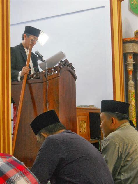 khutbah jumat terbaru manisnya iman kata mutiara