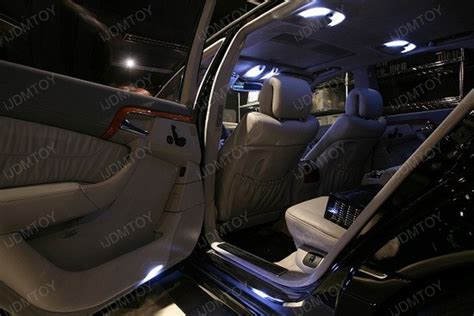 Mercedes Interior Lights by 2005 Mercedes S500 Dressed Up With Led Interior Lights