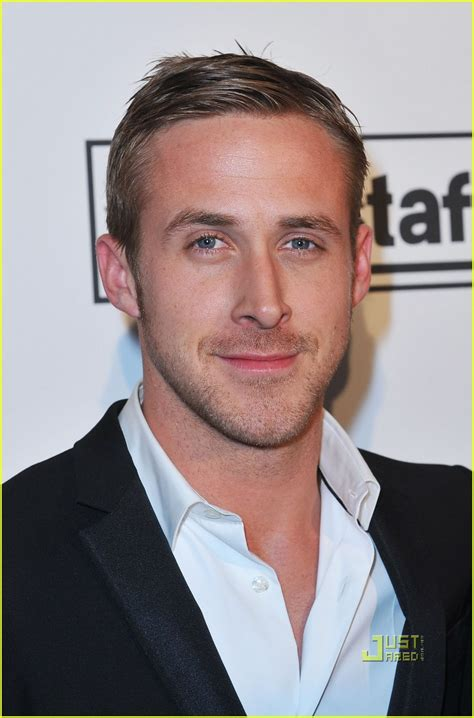 ryan goslings haircut ryan gosling casual hairstyles men hairstyles short