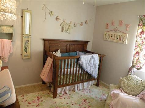 Vintage Eclectic Girl S Baby Nursery Design Dazzle Vintage Nursery Decor