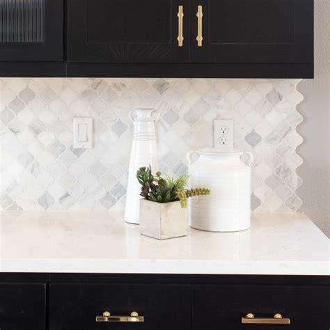 gold arabesque tile kitchen backsplash tile how to the pattern