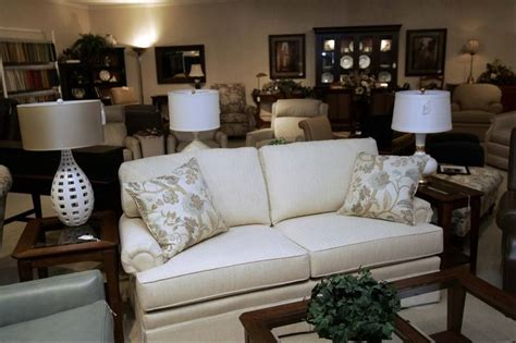 Dow Furniture by American Made Draws Customers To Dow Furniture